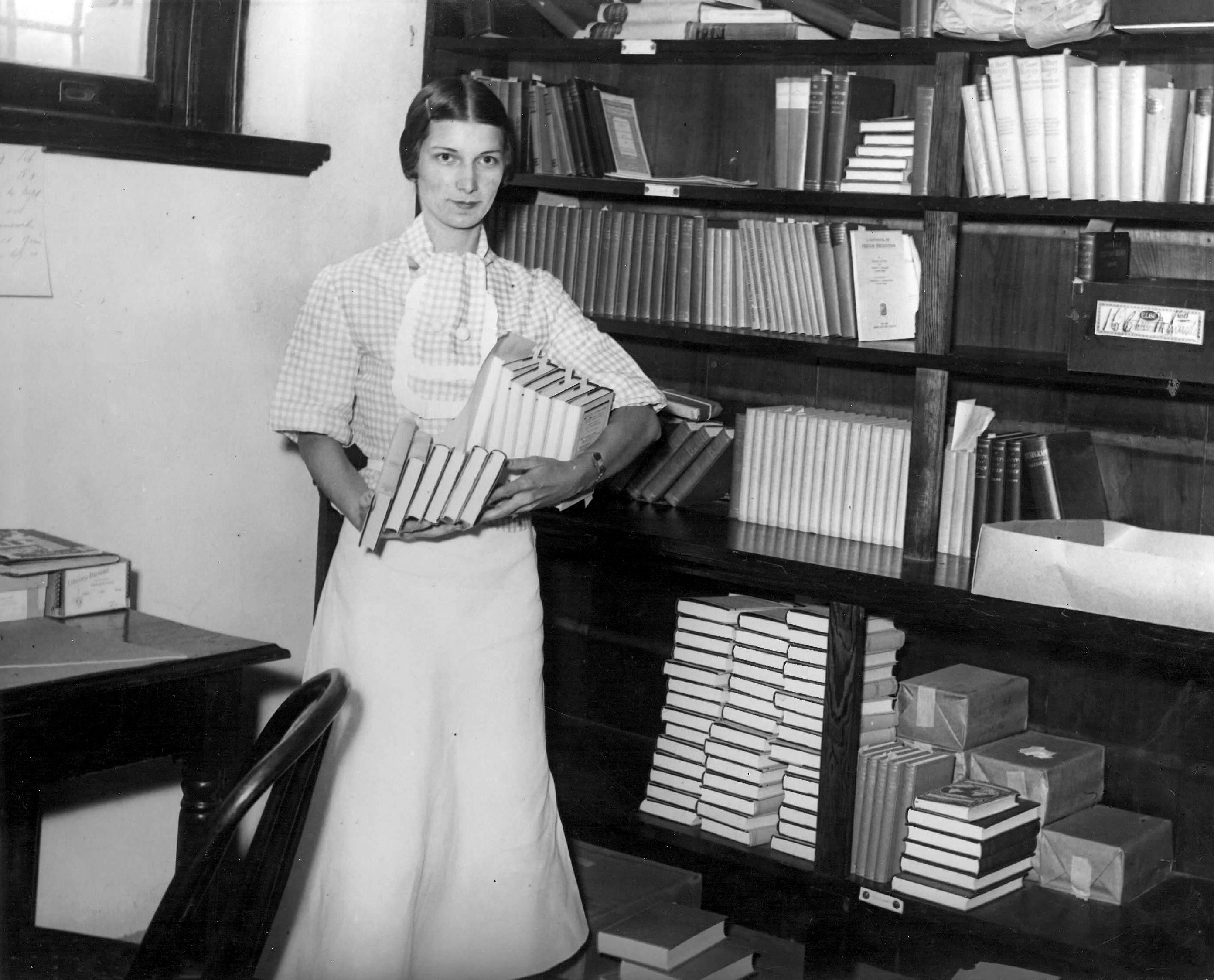 Woman in Newcomb Library: Gender, Archives, and Musical Culture